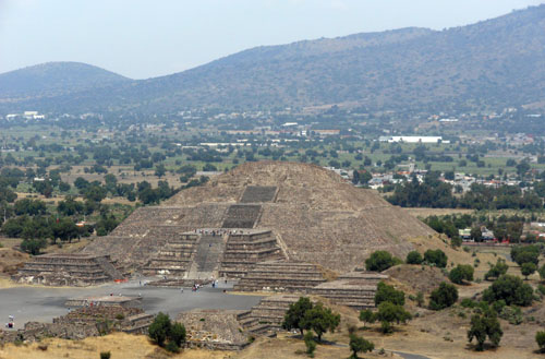 Teotihuacan: Temple of the Moon
