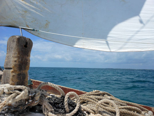 Sailing from Caye Caulker to Placencia, Belize - on board of the Ragga Queen
