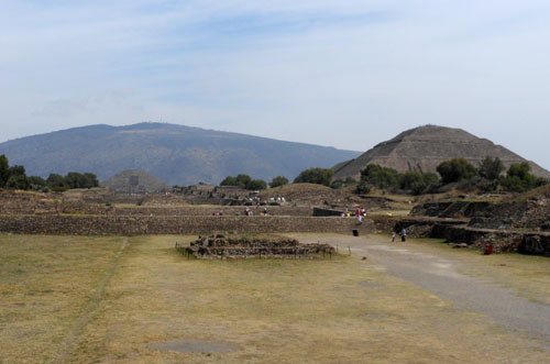 Teotihuacan, Mexico - view of the site