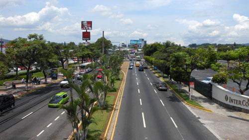 San Salvador boulevard de los heroes