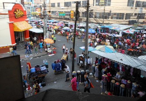 San Salvador historic centre busy calle ruben dario