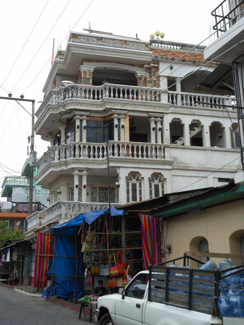 Santiago Atitlan: interesting colonial building