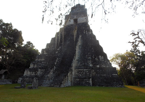 Tikal: temple II