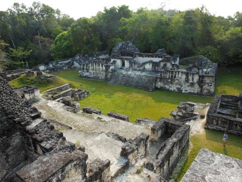 Tikal: West Plaza