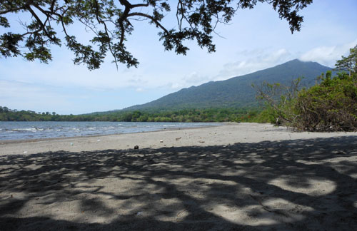Ometepe island: playa Santo Domingo and Maderas volcano