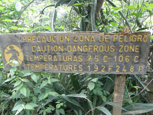 Rincon de la Vieja Nationa Park: Warning sign