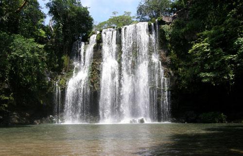 Costa Rica: Catarata/Waterfall Llanos de Cortes