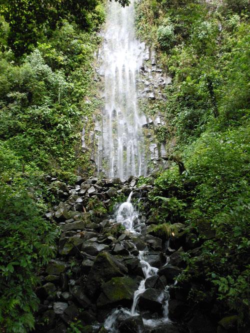 Costa Rica: Rio La Fortuna, side waterfall