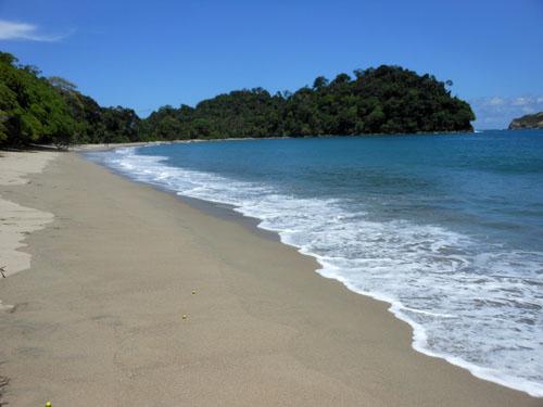 Manuel Antonio National Park: quiet beach