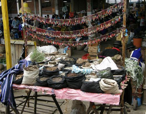 Silvia market: organized stall