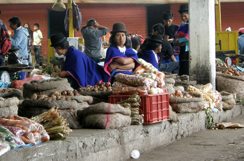 Silvia market: selling vegetables
