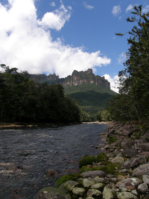 Venezuela - Canaima National Park: mountains from a viewing point by the camp