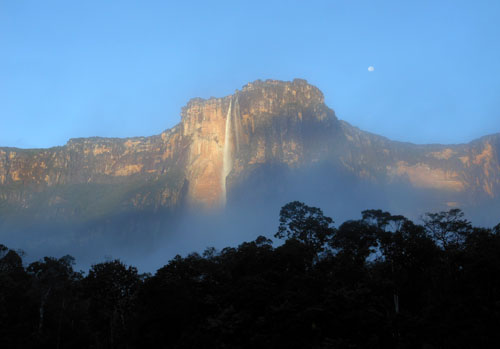 Venezuela - Canaima National Park: Salto Angel at sunrise