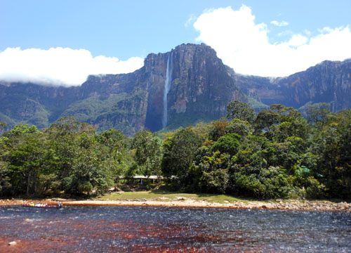 Venezuela - Canaima National Park: Salto Angel at noon from a viewing point by the camp