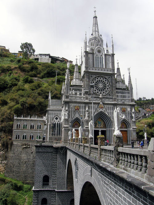 Colombia - Las Lajas Sanctuary and the bridge
