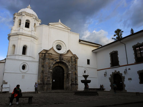 Colombia - Popayan: La Encarnacion church facade