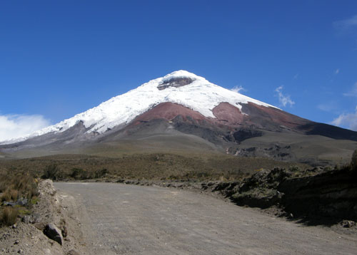 Cotopaxi National Park: driving to the car park