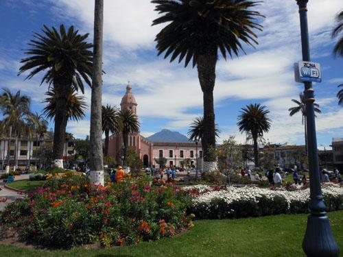 Otavalo - Parque Bolivar