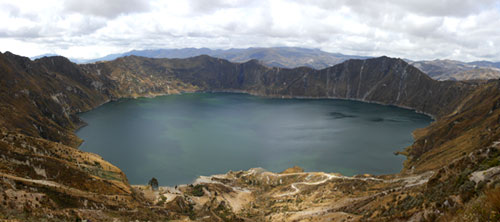 Quilotoa - the crater lake panorama