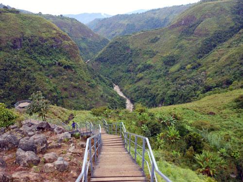 San Agustin: path to La Chaquira