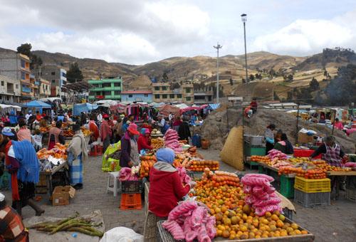 Zumbaua - saturday market