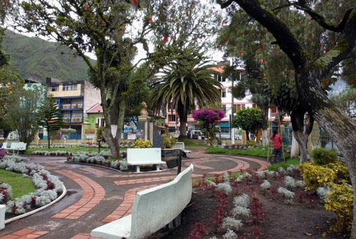 Ecuador - Banos: Parque Central