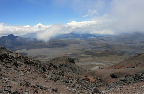 Ecuador - Cotopaxi National Park: views from refugio at 4800m