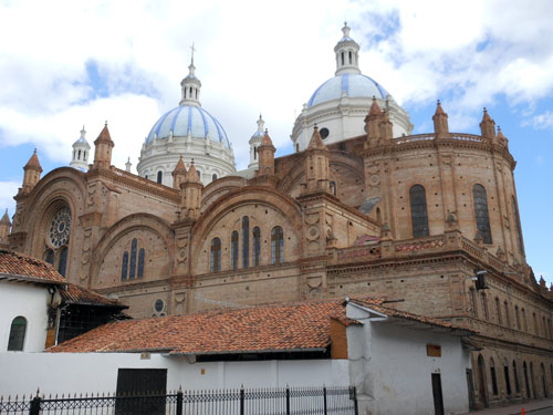 Ecuador - Cuenca: the old cathedral