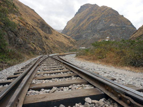 Ecuador - Alausi: train to Devil's Nose mountain