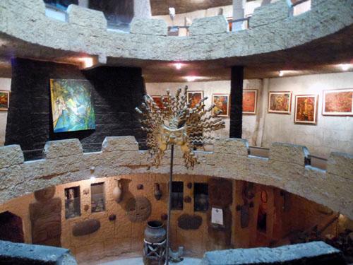 Ecuador - Museo Templo del Sol near the Pululahua crater