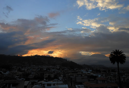 Ecuador - Otavalo: sunset from Hostal Chasqui's balcony