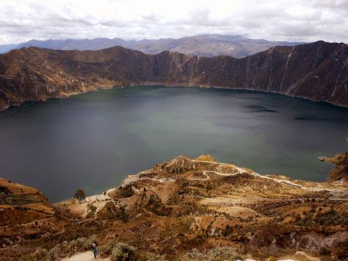 Ecuador - Quilotoa crater lake
