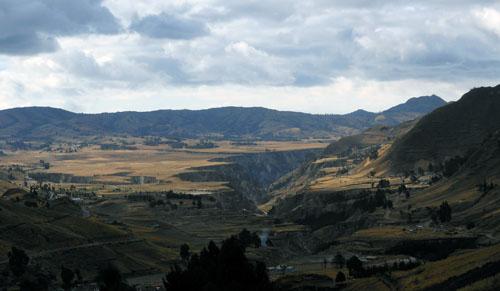 Ecuador - Rio Toachi canyon panorama