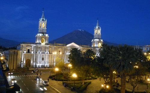 Arequipa - Plaza de Armas in the evening
