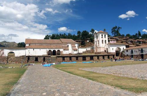 Chinchero - main plaza