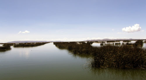 Lake Titicaca: on the way to the floating Uros islands