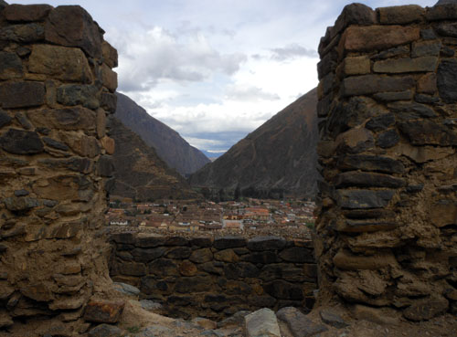 Ollantaytambo - Inca ruins - view down onto the city and the valley