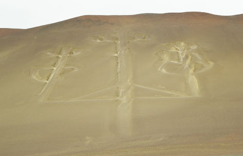 Paracas - Candelabra - pattern similar to Nazca Lines