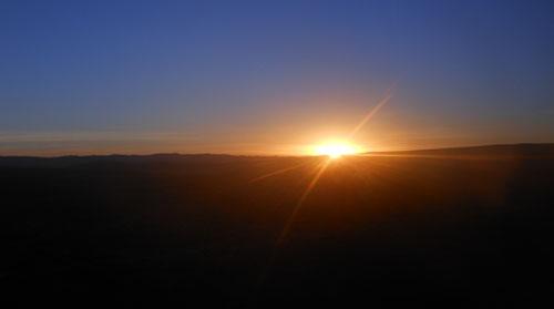 Peru, Colca Canyon Tour - sunrise on the way