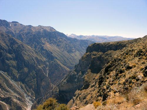 Peru, Colca Canyon Tour - views from Cruz del Condor
