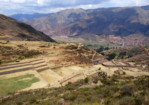 Peru, Tipon Archaeological Site - site and landscape view