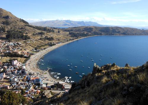 Bolivia, Copacabana - city panorama and docks from Cerro Calvario