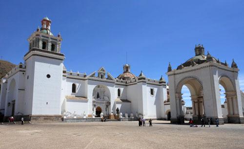 Bolivia, Copacabana - the basilica