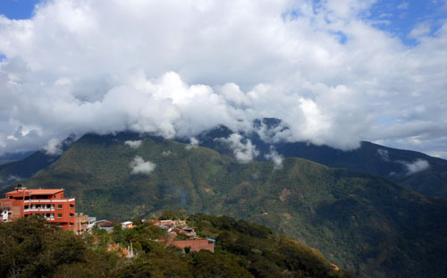 Bolivia, Coroico - mountain range in clouds