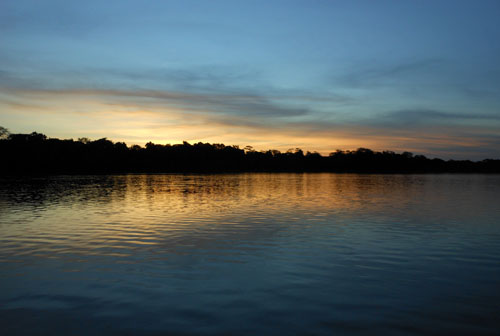 Bolivia, Serere Reserve - sunset over Gringo lake