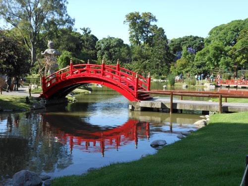 Buenos Aires, Palermo - postcard shot of a bridge in the Japanese garden