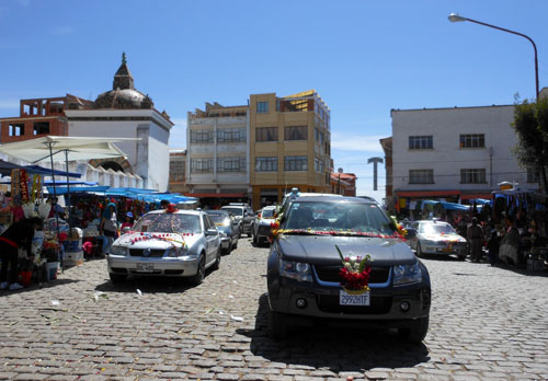 Copacabana - decorated cars to be blessed outside the basilica
