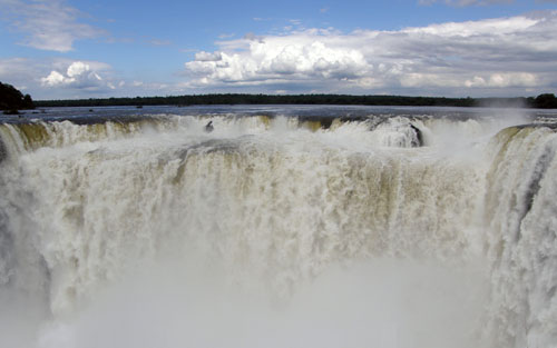 Iguazu (Argentina) - Garganta del Diablo (Devil's Throat) waterfall