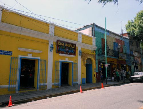 Argentina, Buenos Aires, La Boca - Casa Amarilla