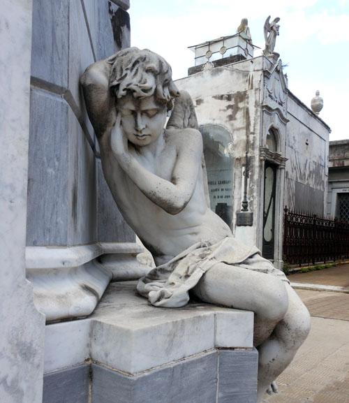 Argentina, Buenos Aires, Recoleta Cemetery - angel monument